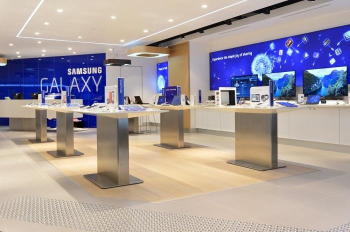 Samsung-Retail