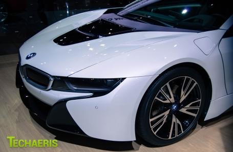 BMWi8-1